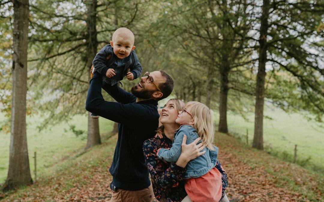 Roxanne & Mathieu – Séance Tribu – Photographe Famille